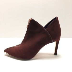 TED BAKER LONDON Zip Pointed Suede Booties Size 37